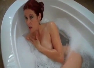 Mommy and in a bath tub and her seduction